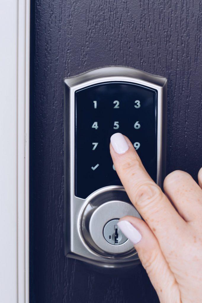 Sistemas electrónicos de seguridad en viviendas